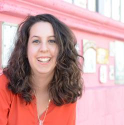 Bio photo for Amanda Abella