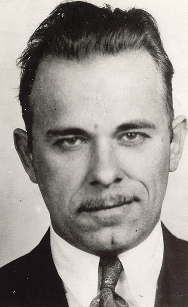 Top 5 Most Notorious U.S. Bank Robbers