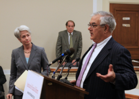 Barney Frank, Co-Author of Dodd-Frank, to Retire
