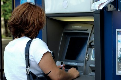Banks With No ATM Fees or ATM Fee Refunds