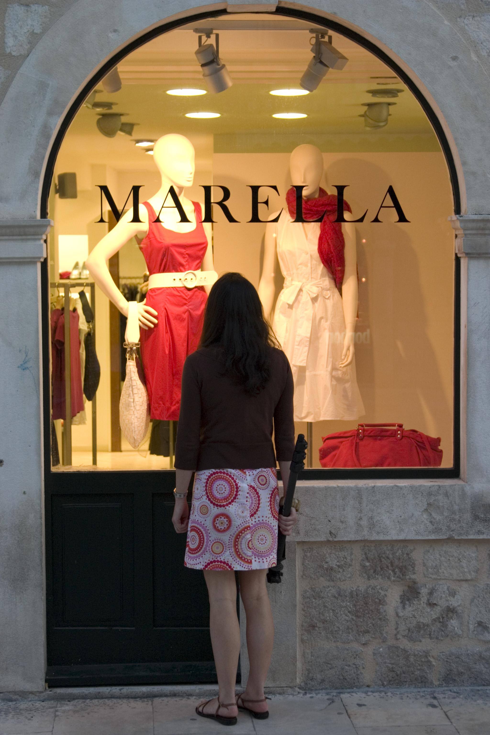 Pauline window-shopping in Dubrovnik