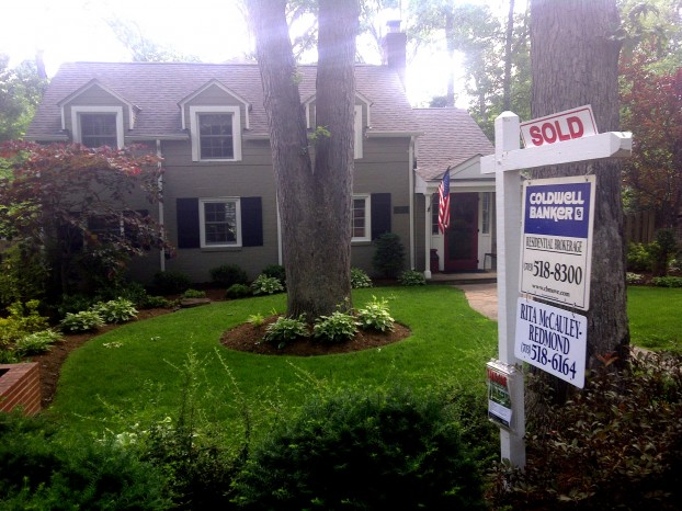 house-sold-sign