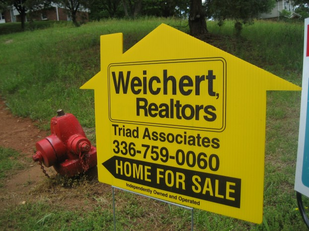 real-estate-sign