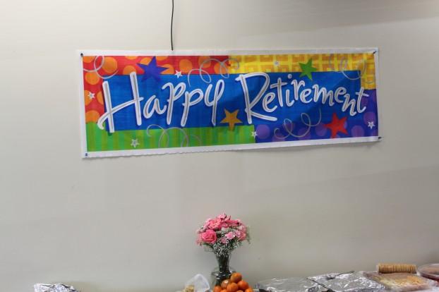 retirement-decorations