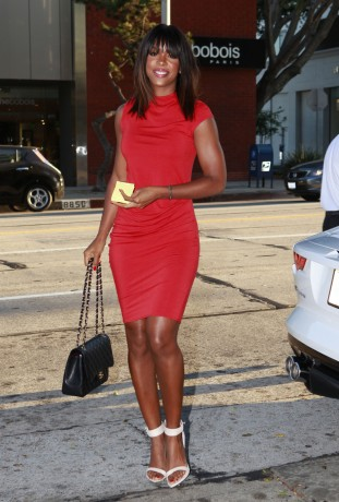 Kelly Rowland Dines At Madeo