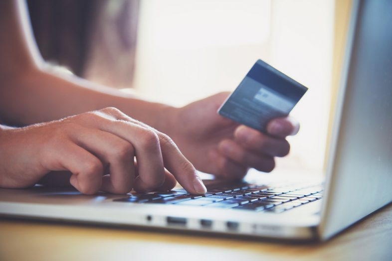 Should You Use the Same Bank For the Second Credit Card?