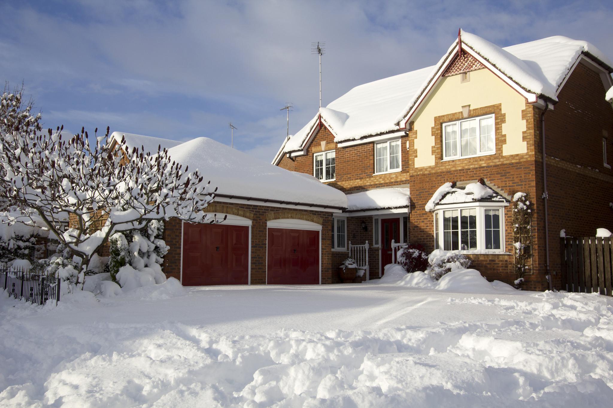 Energy-Smart Ways to Save Money In Winter