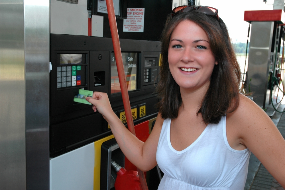 3 Best Gas Credit Cards to Help You Save at the Pump