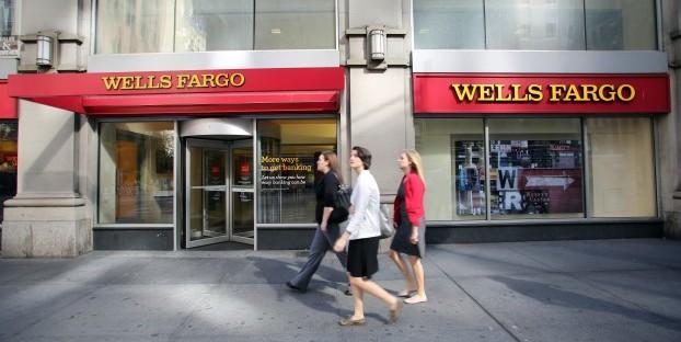 wells fargo free credit score image