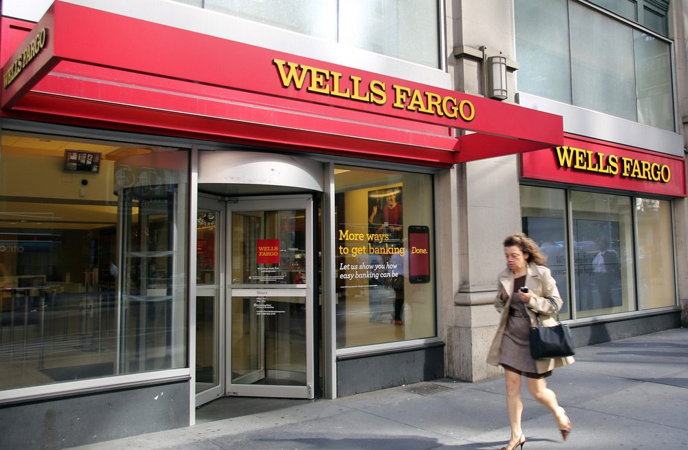 What to Do When Your Bank Account Is Phased Out