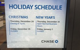 Are Banks Open Christmas Eve and Christmas Day?