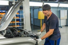Women, Feeling Ripped Off By Your Car Mechanic? 6 Ways to Get the Right Price