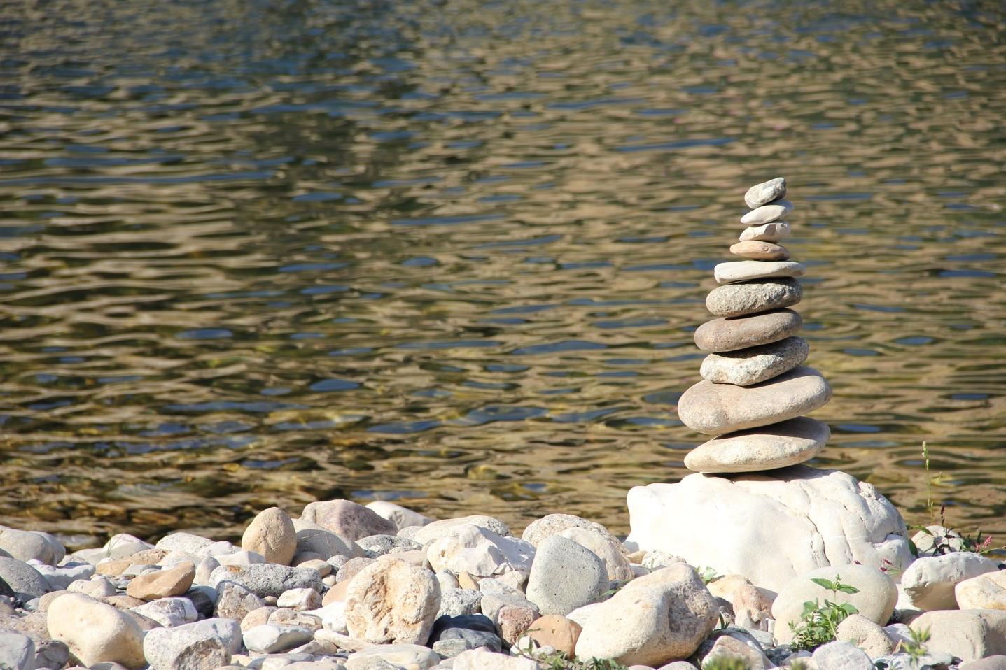 balancing-rocks-finances
