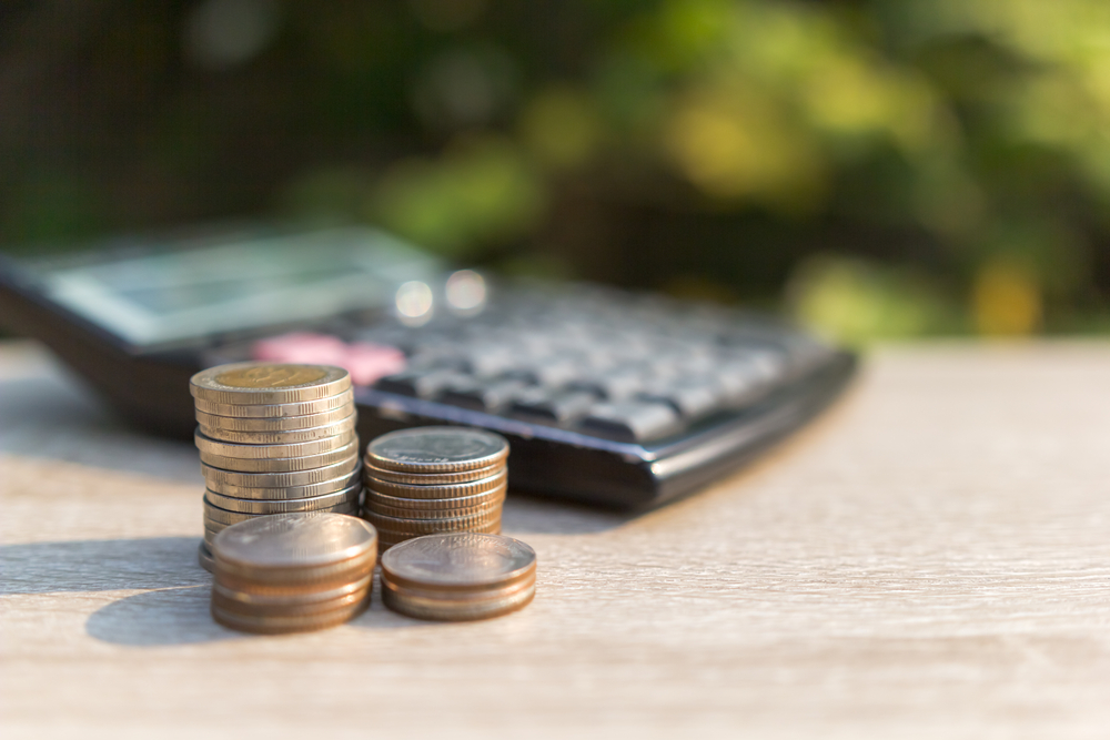 Online Savings Accounts vs. Money Market Accounts: What's the Difference?