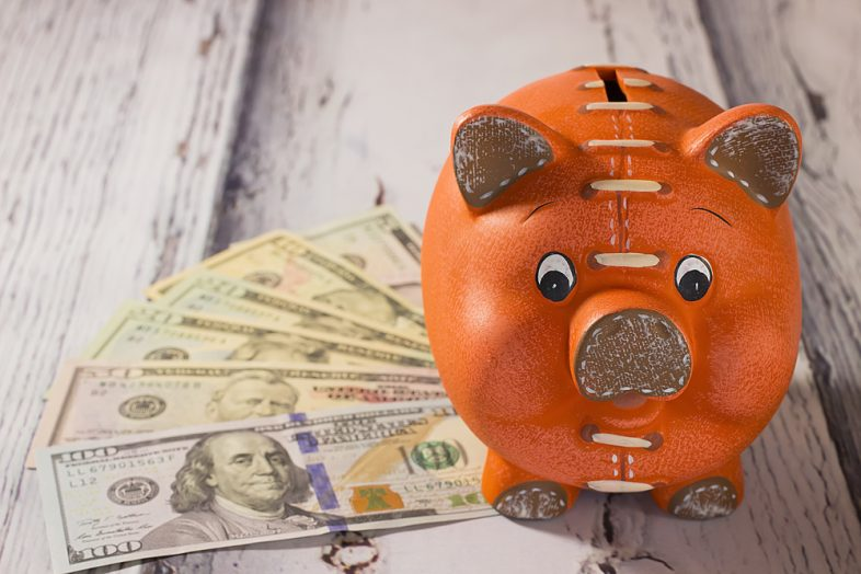 Savings Accounts vs. Bonds: What's the Difference?