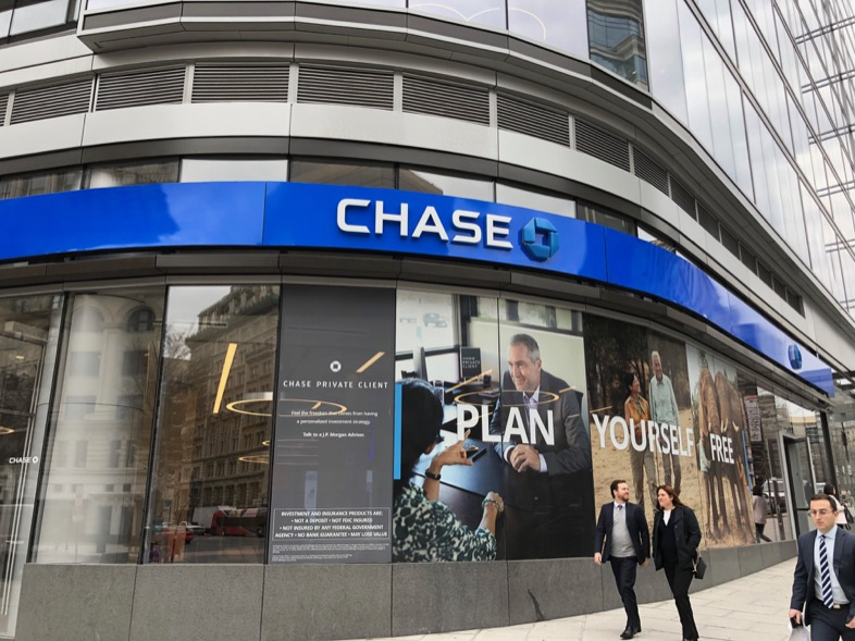 Chase Secure Banking Account Review 2019: No Checks, No Overdrafts